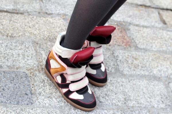 http://4.bp.blogspot.com/-C7ywsrm4xG8/T6VuMvNuEOI/AAAAAAAAuaQ/OSemN56QH88/s1600/isabel-marant-sneakers-high-tops+(1).jpg